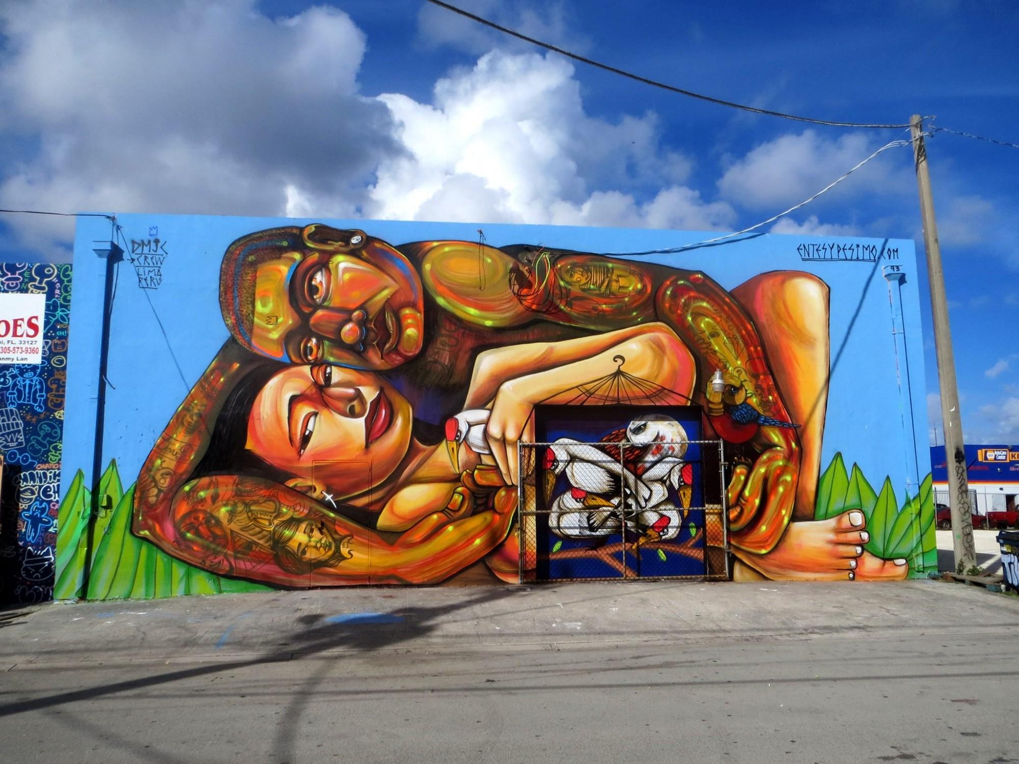 Mural de Entes y Pésimo en Miami.