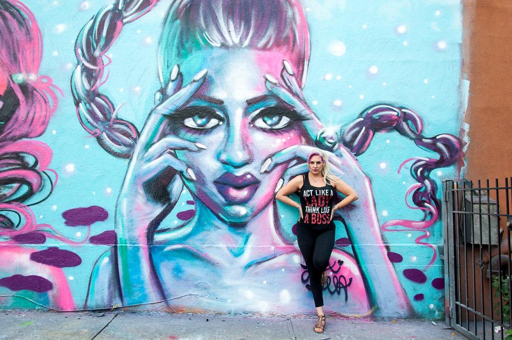 La neoyorquina Lexi Bella, protagonista del trabajo documental Heroines.